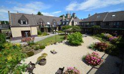 st-matthews-court-courtyard